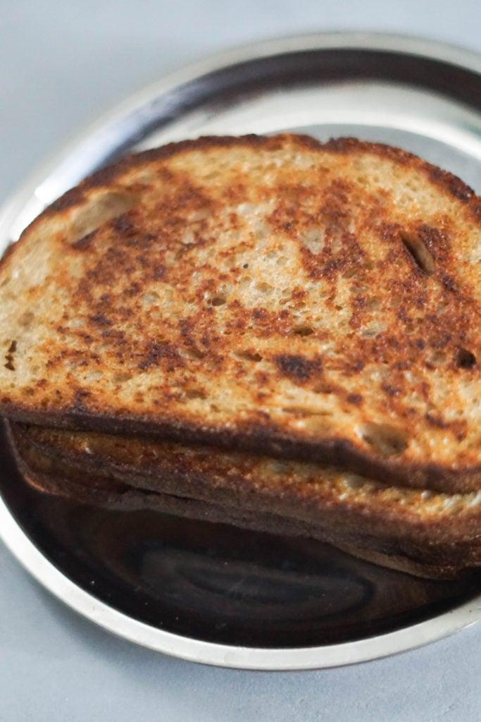 Stove toast
