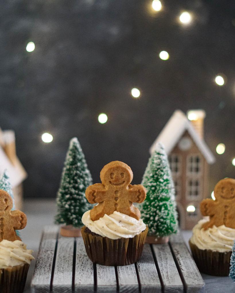 gingerbreak cupcake