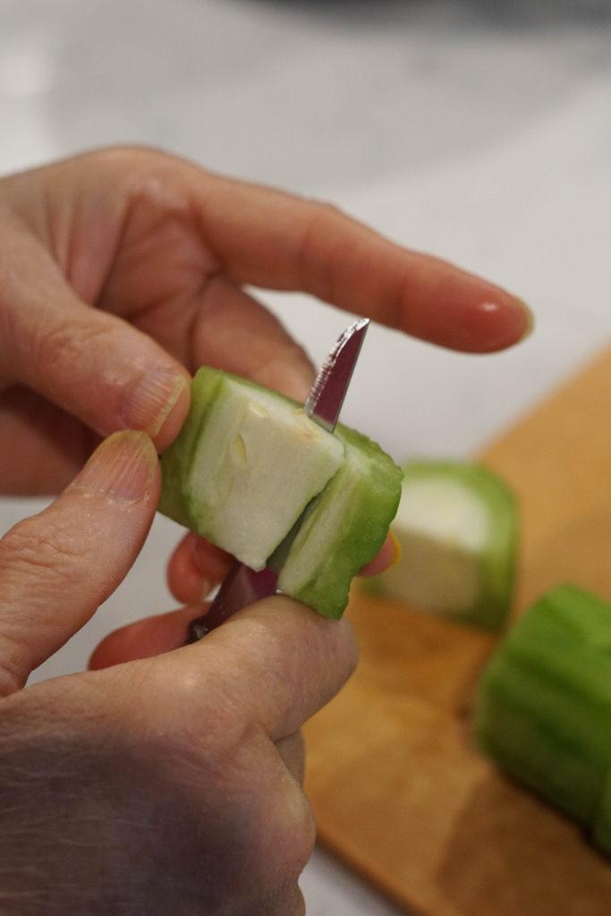 cutting bitter melon