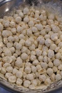 besan coated chick peas